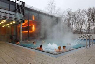 Prima fürs Schwimmtraining: das Außenbecken im Südbad